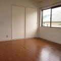 洋室・写真は202号室のものとなります。