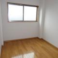 洋室・写真は303号室のものとなります。