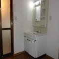 洗面所・写真は2号室のものとなります。
