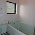 浴室・写真は2号室のものとなります。